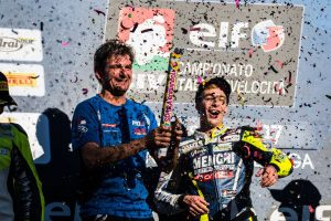 Kevin Sabatucci trionfa a Vallelunga nella Supersport 300